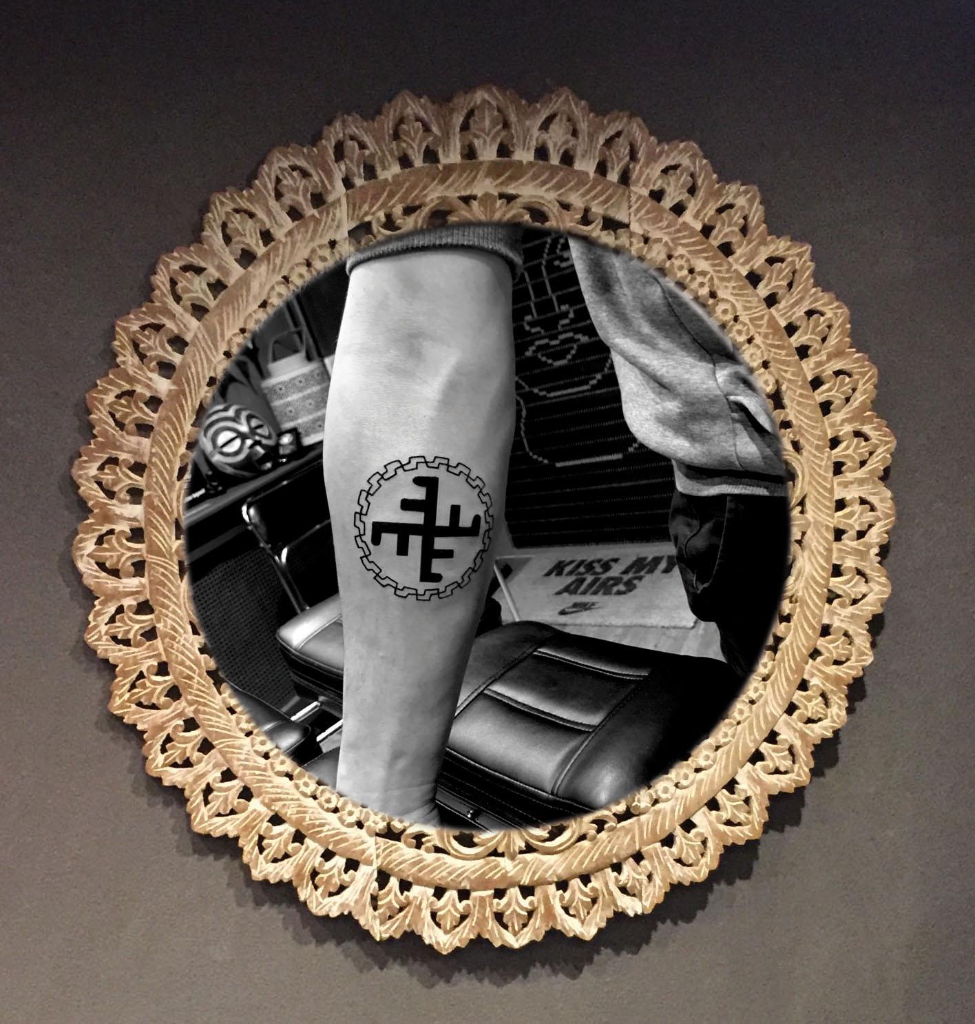 Russisch familie teken tatoeage