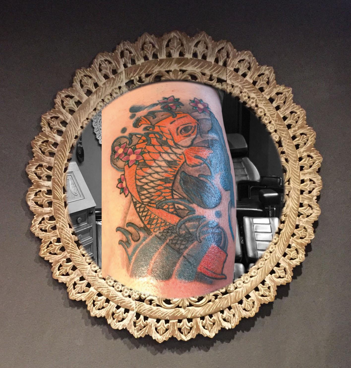 Karper tatoeage inkleuren