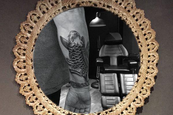 Karper op onderarm